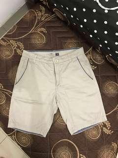 Celana pendek cotton on coklat uk 28