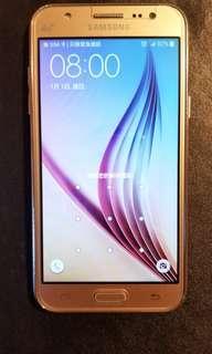 三星 Samsung  GalaxyJ5