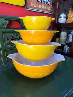 Vintage Sunflower Orange & Yellow Pyrex