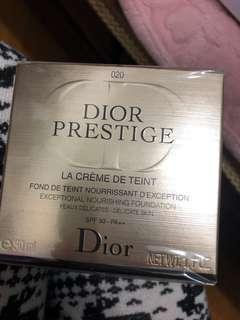Dior玫瑰花蜜粉底020號色