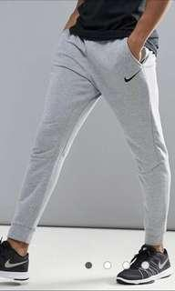 Nike Tech Fleece Tapered Joggers