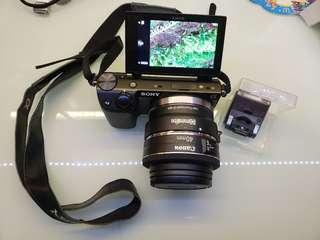 Sony Nex-5t camera body + flash