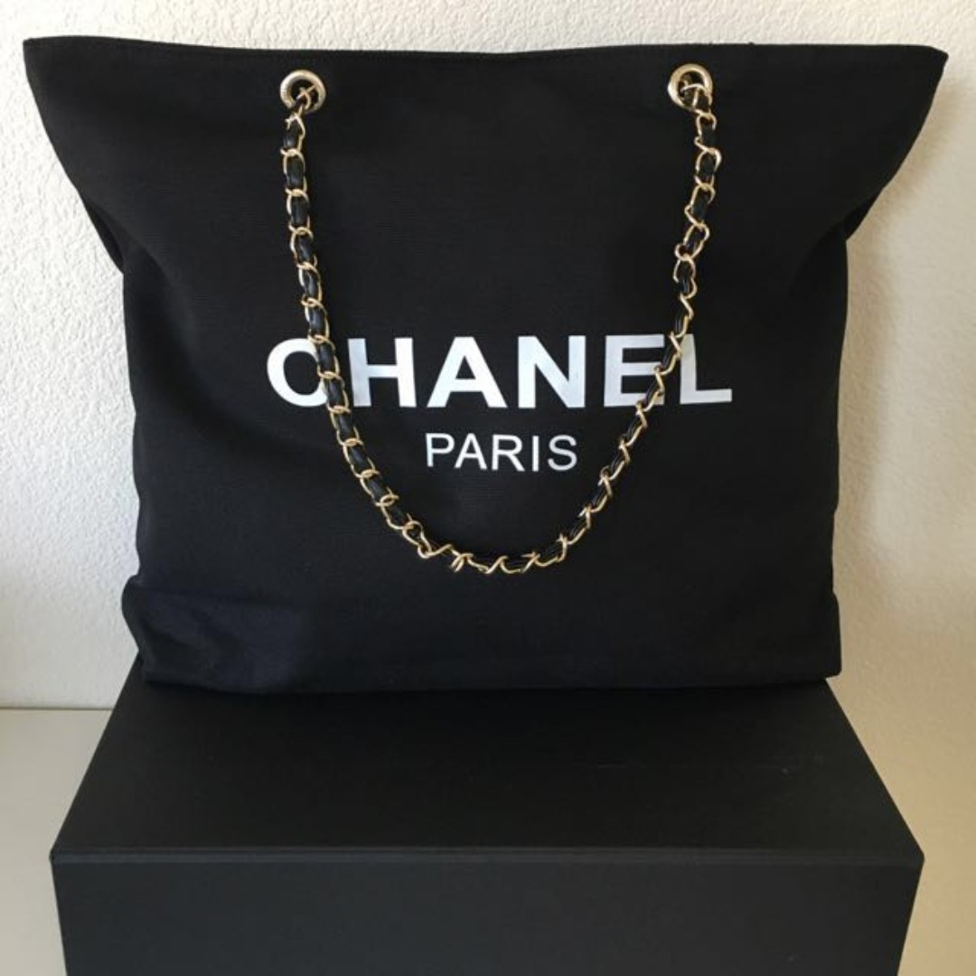858e938ed5bc Instock! Chanel Beaute Classy Chain Strap Canvas Tote Bag (Black ...