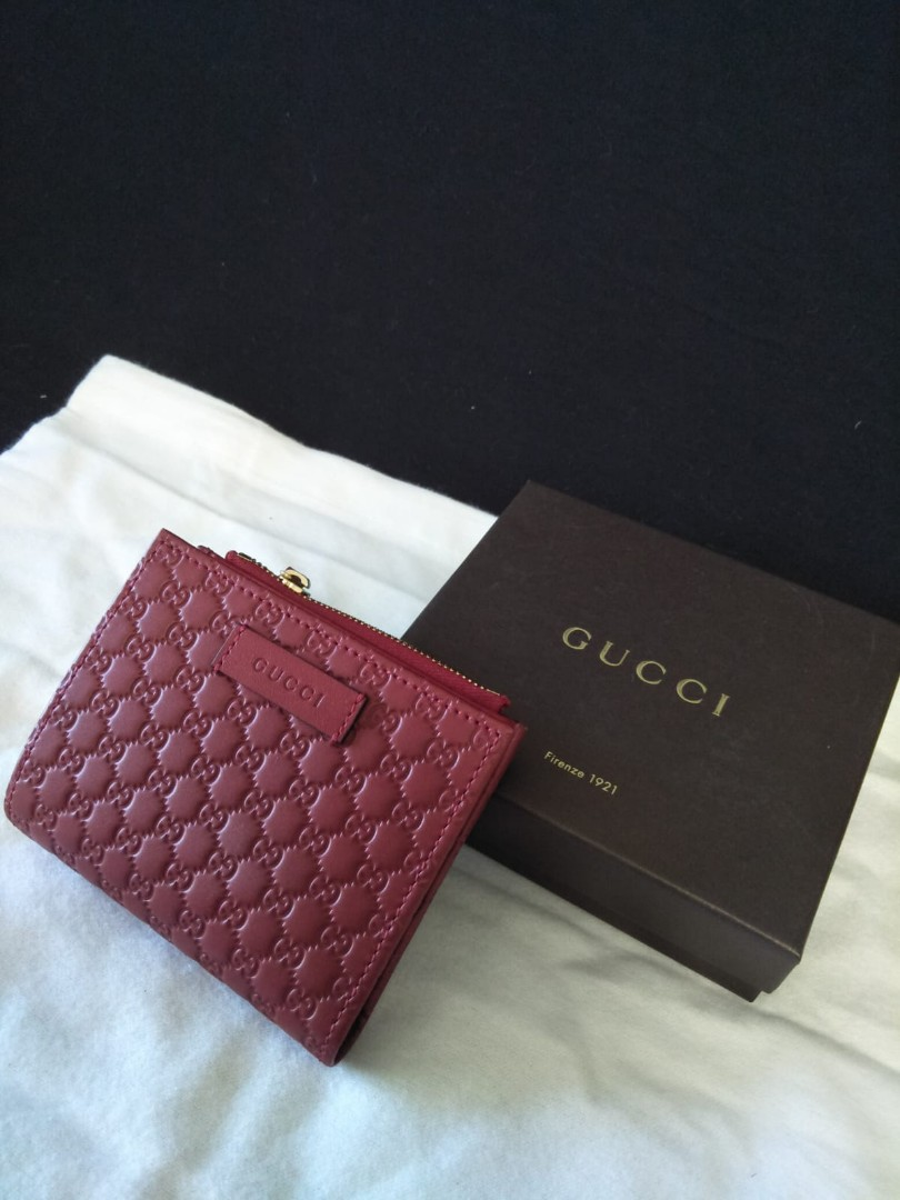 161de92c5f6 Authentic Brand New Gucci lady short wallet with coins