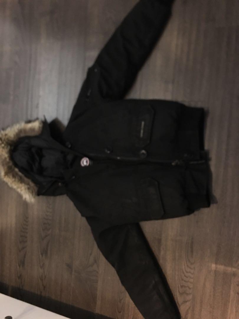 Canada goose black bomber winter coat sz xs- authentic