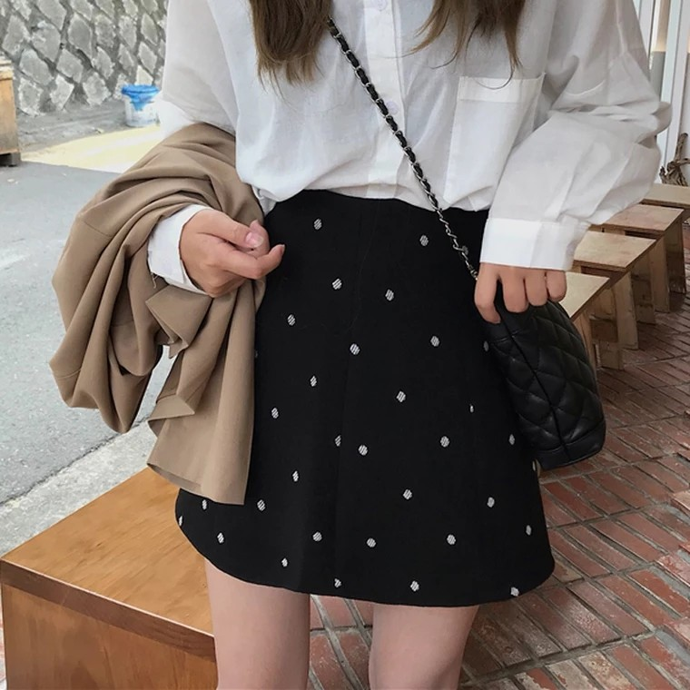 a1b8d11192 High Waist Polka Dot Retro A Line Skirt, Women's Fashion, Clothes, Dresses  & Skirts on Carousell