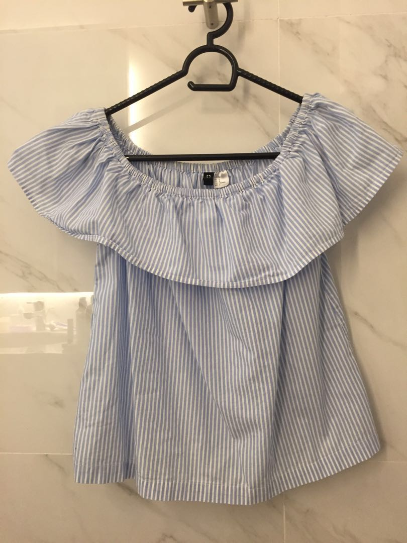 7e88db2992eb40 H M Striped Off-Shoulder