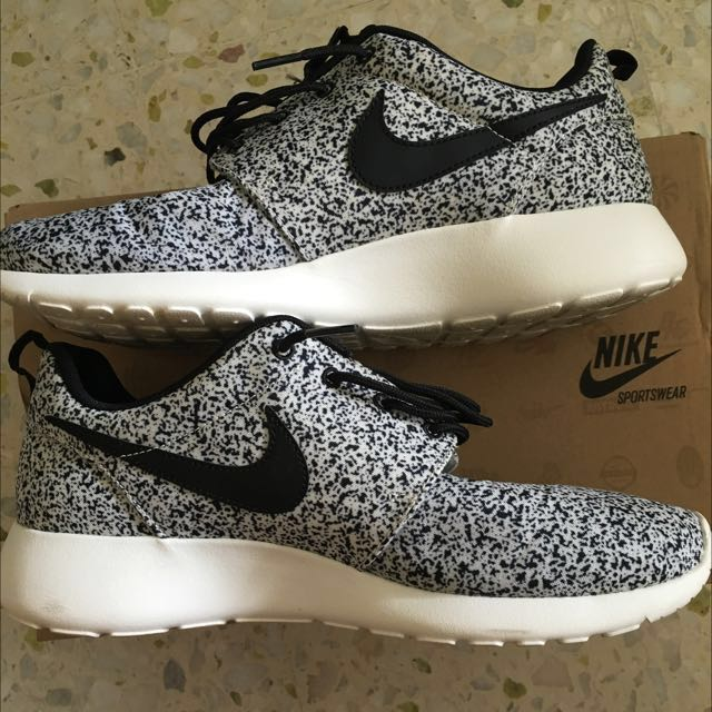 52f252369 Nike Roshe Run Splatter Not Adidas NMD Ultra Boost Asics Puma ...
