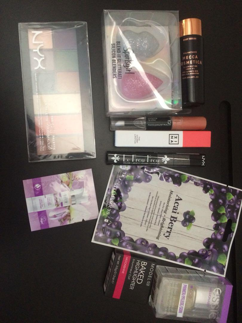NYX, Mecca makeup bundle