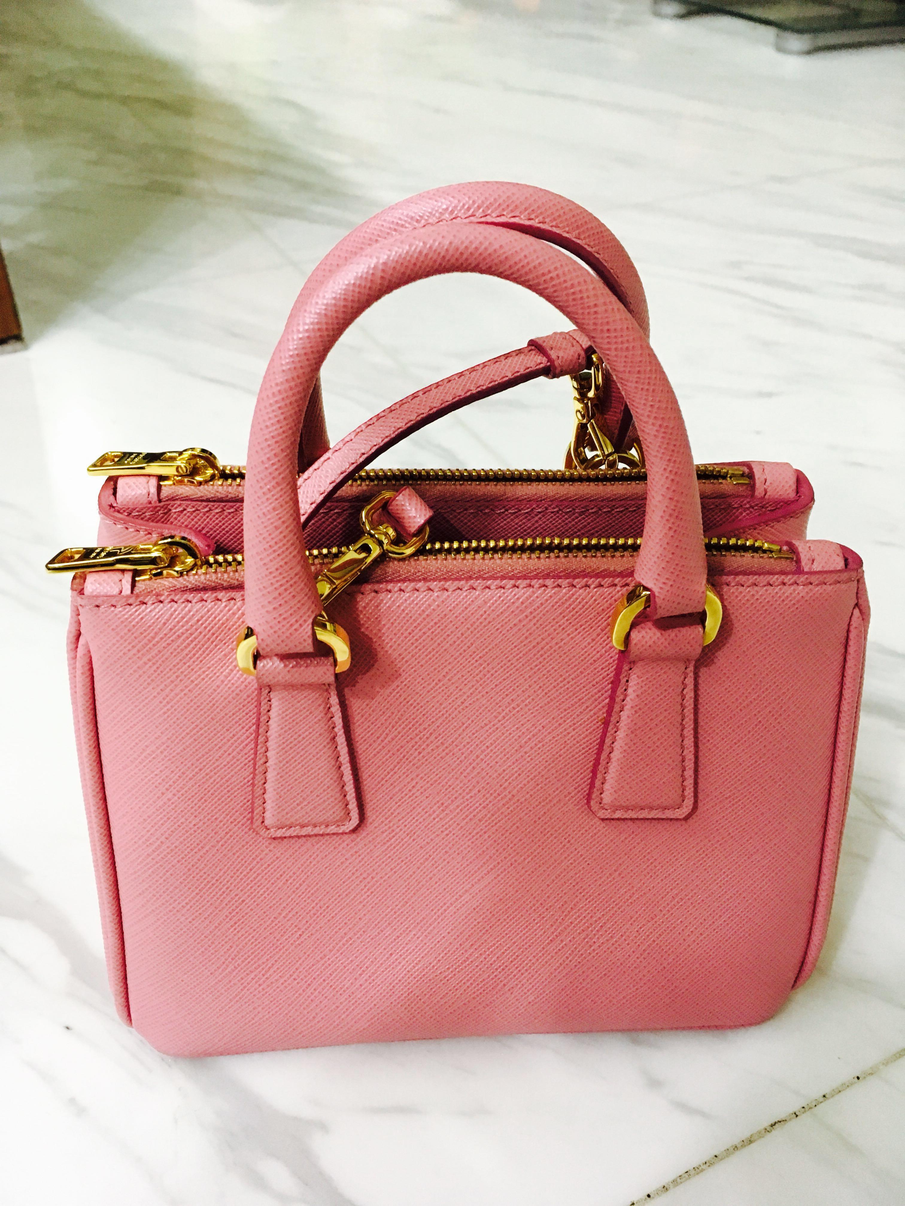 d30370e25e72 Prada Saffiano Bag