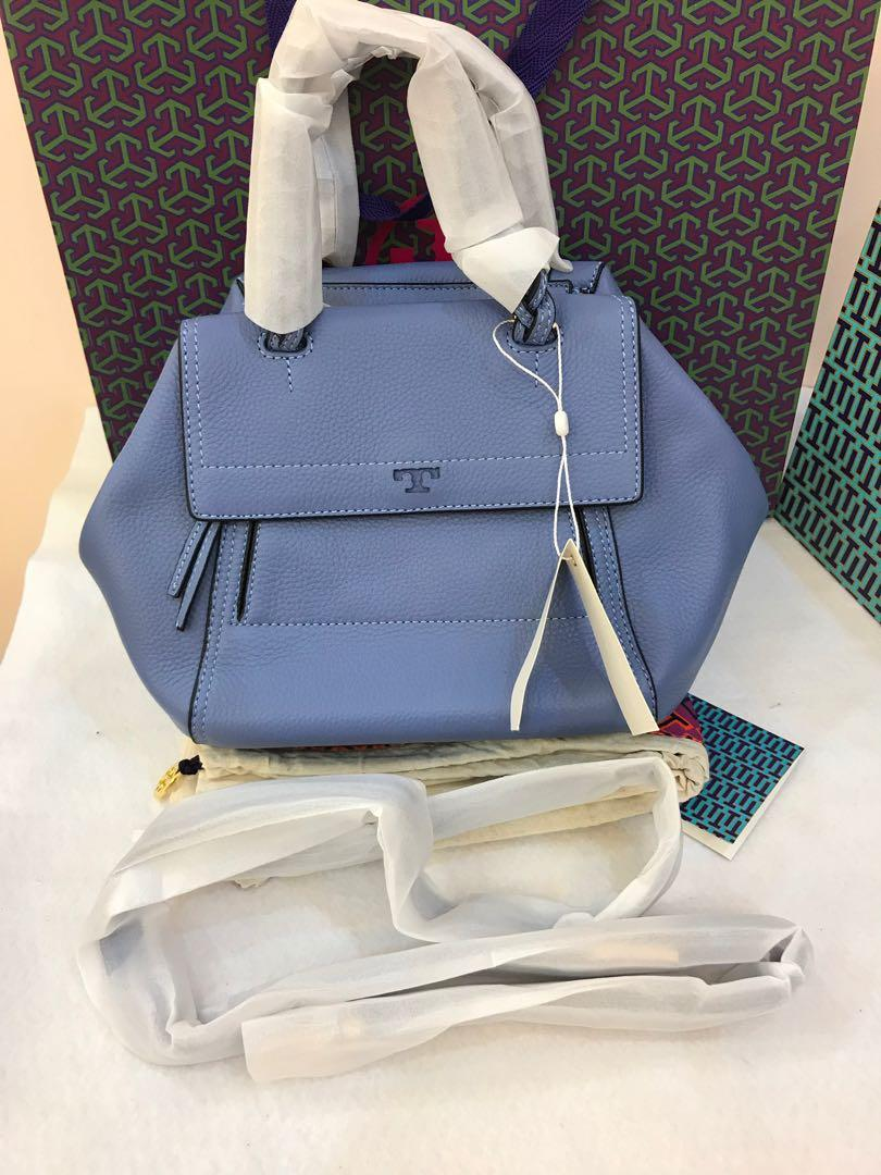 Ready stock Tory Burch half moon in sky blue