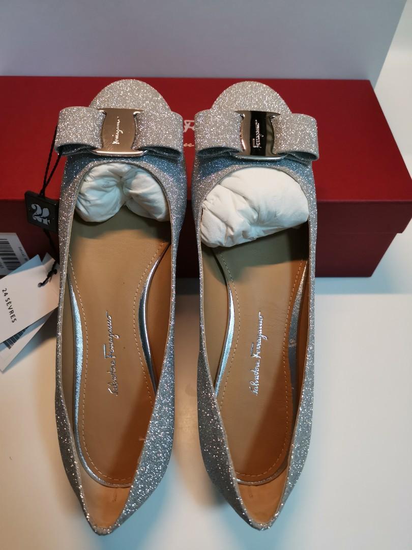 a3dd423d65 Salvatore Ferragamo Varina Ballet Flats (US 6.5), Luxury, Shoes on ...
