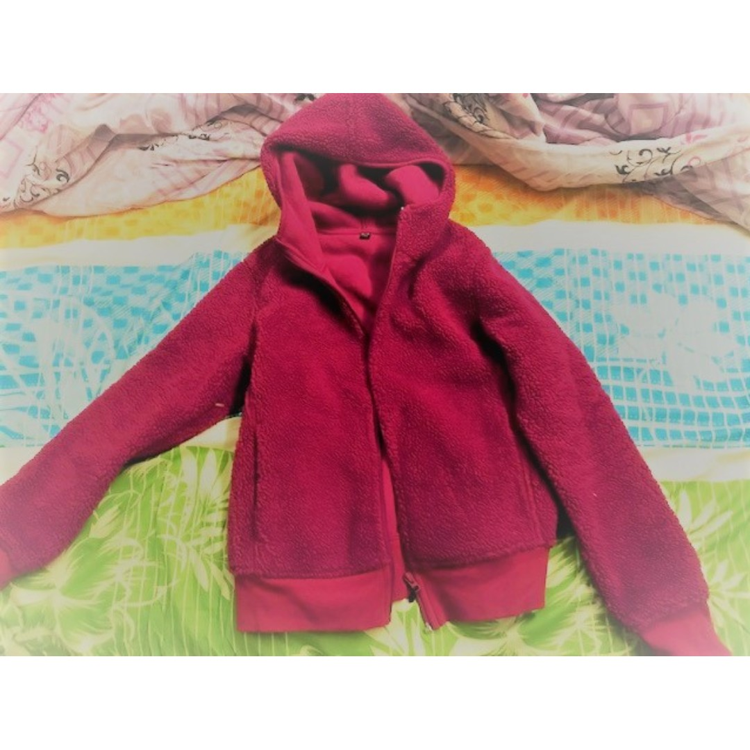 0a5789a6a1fb Worn few days UNIQLO girl s Winter Autumn Fall