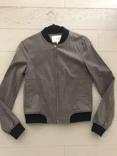 XS Oak and Fort Jacket