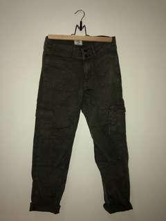 A&F Olive Cargo