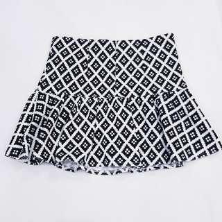 Cache Cache Black and White Geometric Patterned Skirt