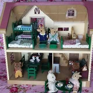 SYLVANIAN FAMILIES Sample Set-up (Please inquire for SF Original Rare Vintage and Discontinued Items)