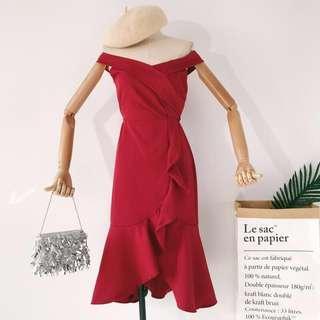 🚚 Red Off Shoulder Dress
