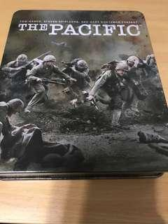 🚚 The Pacific 6-disc with metal case (Blu-Ray)