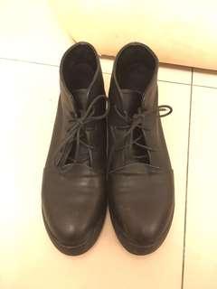 黑色牛皮短靴24.5
