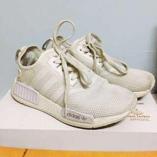 NMD adidas全白 女鞋