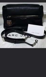 🚚 Marc Jacobs Sling Bag