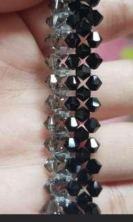 🚚 Hand make Swarovski Bracelets