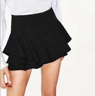 ZARA WOMEN BLACK SHORTS
