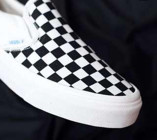 Vans vault og lx slip on checkerboard white black