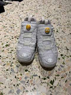 74530ebb4d9f54 Auth vetements X reebok fury