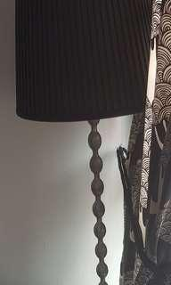 Lamp stand without lamp shade