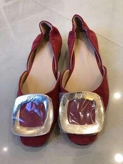 🚚 韓版女金屬框式平底鞋~全新
