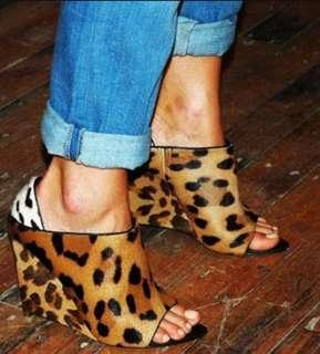 Authentic Alexander Wang Alla Runway Leather Wedge Sandals
