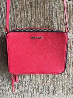 REPRICED‼️Nine West Two-Zipped Square Sling Bag