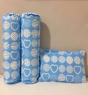 Sarung bantal guling bayi