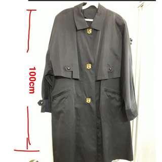 🚚 Black Trench Coat