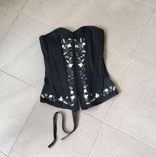 🚚 BN cut label Armani corset