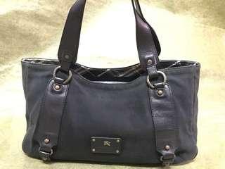 💮❤️❤️Burberry Handbag 手袋 💥now $500 💥❤️❤️
