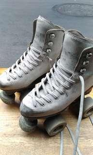 🚚 義大利溜冰鞋(ROLL-LINE)