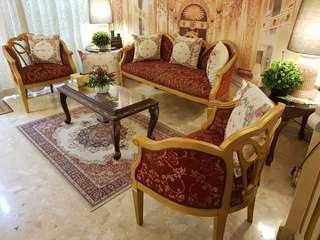 🚚 Antiques Sofa Set