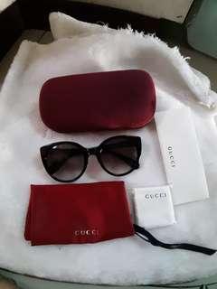 Gucci catseye shades sunglass