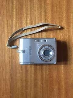Broken Coolpix L11 Nikon