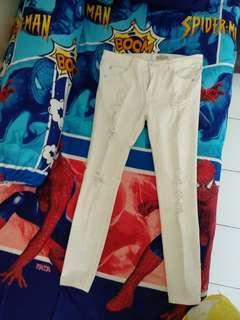 Jeans putih repped