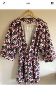 Cotton on Body fluffy printed towel robe (like new)