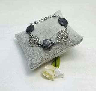 Avril handmade Bracelet