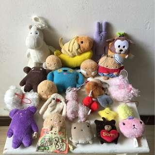Assorted plush, keychains, soft toys