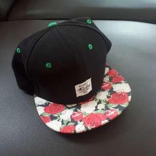 🌸 Korean Flower Black Snapback #sharethelove