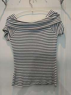 Off-shoulder striped top stretchy material
