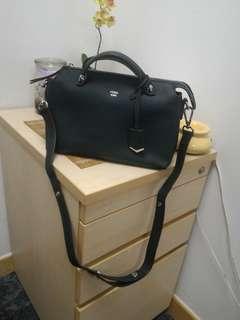 🚚 Brand new dark green roma handbag