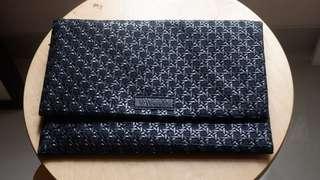 Clutch Bag - black minimalist